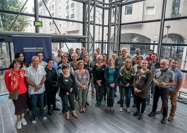 14_les_panelistes_en_groupe_de_travail_2credit_didier_gourbin.jpg