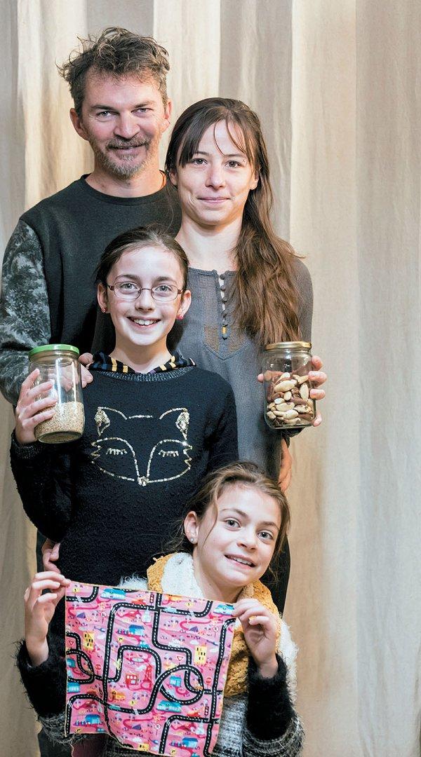 18-Ils-agissent-famille-defi-zero-dechet-credit-Didier-Gourbin.jpg